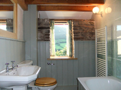 Flagstone Cottage Bathroom